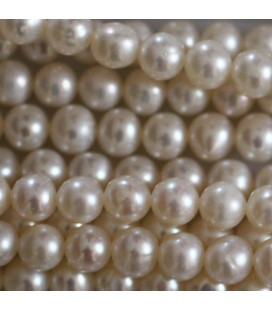 BeauMonde Jewelry - Freshwater pearl 5 mm round bead