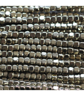 BeauMonde Jewelry - Hematite 2x2 mm rounded golden square