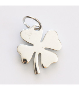 BeauMonde Jewelry - Clover 12x12.5mm + ring for hanging