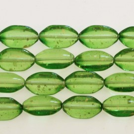 BeauMonde Jewelry - Bohemian glass bead 10 x 18 mm mini oval green glitter