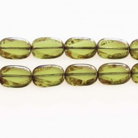 BeauMonde Jewelry - Beads 18x12 mm green rounded rectangle glass