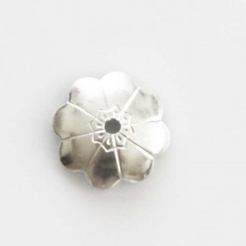 BeauMonde Jewelry - Flower cup 8 mm decorated