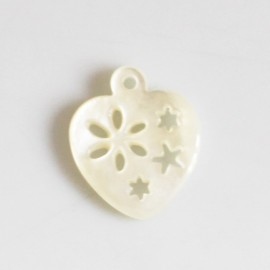 Mother-of-Pearl 14 X 16 mm white heart