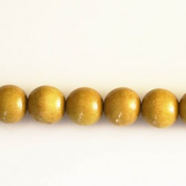 Wooden bead 10 mm round varnished