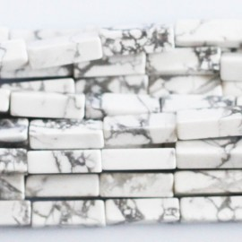 Howlite blanche 15x4 mm tube rectangulaire