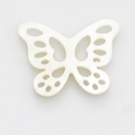 Butterfly mother-of-pearl 14x19 mm white openwork