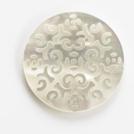 Medallion openwork 30 mm white mother-of-pearl