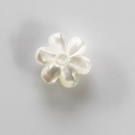 BeauMonde Jewelry - Daisy 12 mm white mother-of-pearl 2 through holes