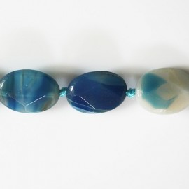 Agate 20x15 mm ovale faceté bleu