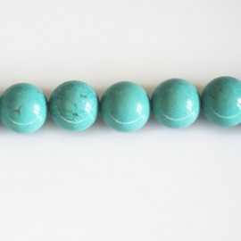 Howlite turquoise 10 mm round bead light tone