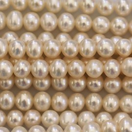 BeauMonde Jewelry - Cultured pearl about 4.5 / 5 mm patatoe