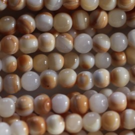 Mother-of-pearl 4 mm round bead orange/white