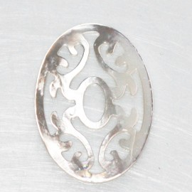 Oval openwork mother-of-pearl 22x30 mm