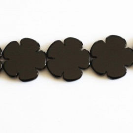 BeauMonde Jewelry - Onyx 18 mm flat flower 5 petals