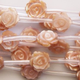Nacre rose 10 mm motif rose double face
