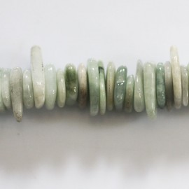 Jade Birmanie 18x3 mm environ chips plats
